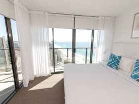 Two Bedroom High Ocean View Apartment